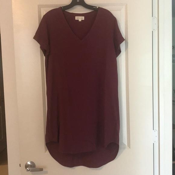 a2fe094f8de cloth & stone Dresses & Skirts - Cloth & Stone Maroon T-Shirt Dress
